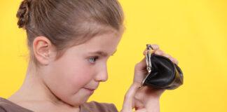 portfel czy saszetka, co lepsze dla dziecka?